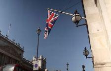 Regno Unito: no alla Ue. Crolla la sterlina