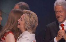 Hillary Clinton trionfa alla Convention democratica