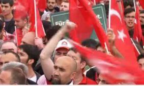 Manifestazioni Ankara pro Erdogan