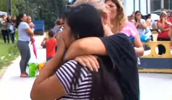 Familiari delle vittime nel carcere di Manaus