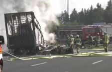 Germania: autobus in fiamme. 18 morti. Pensionati diretti in Italia