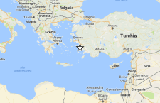 Violento terremoto tra Grecia e Turchia: morti e feriti. Mini tsunami