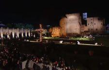 Via Crucis: Papa Francesco ricorda tutte le croci del mondo