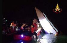 Venezia: motoscafo da competizione  finisce contro diga. Tre morti