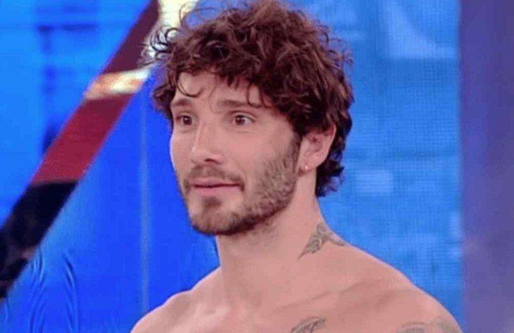 Stefano De Martino torna in tv al posto della D'Urso: la clamorosa indiscrezione