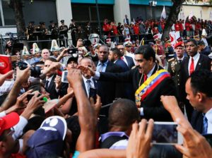 Maduro asistió a la ANC por celebración de 20 años de la Constitución
