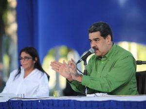 Maduro reitera disposición de restablecer relaciones con Colombia