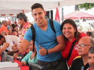 En Caracas 50% de los carnetizados del Psuv son jóvenes