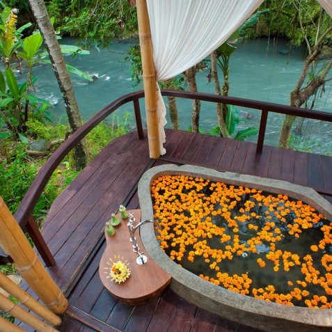Fivelements Puri Ahisma, Bali - Beauty Sanctuary Flower Bath