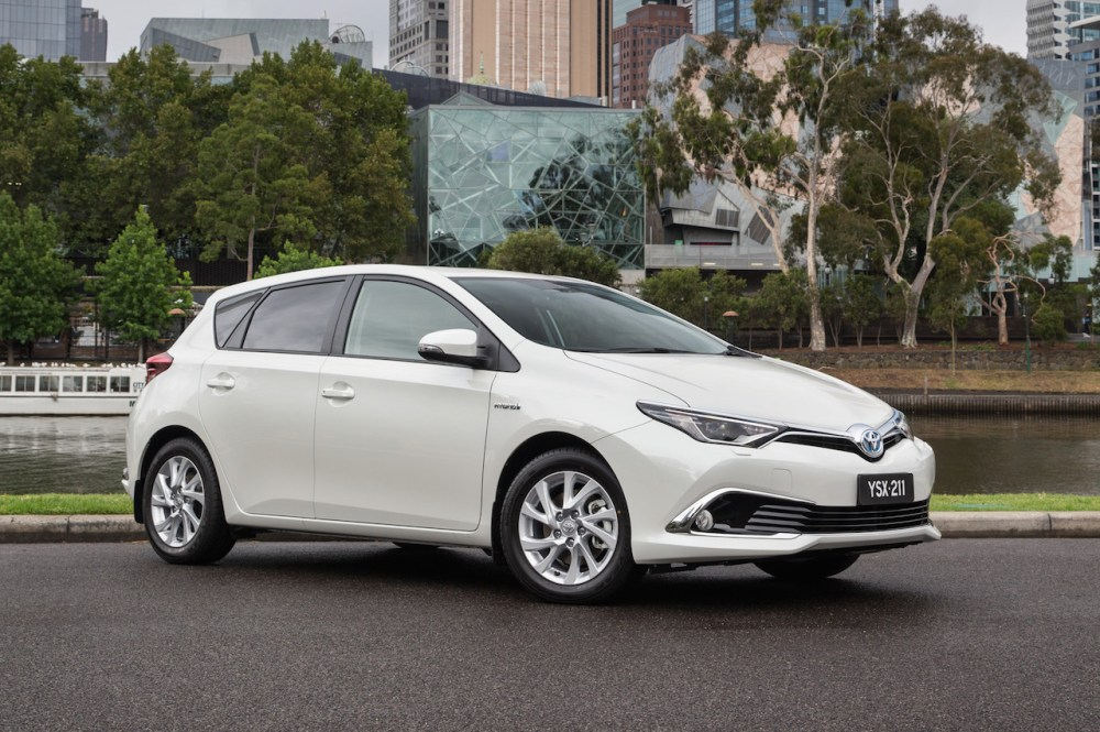 medium resolution of 2016 toyota corolla hybrid hits australia prices to be unveiled in mid 2016