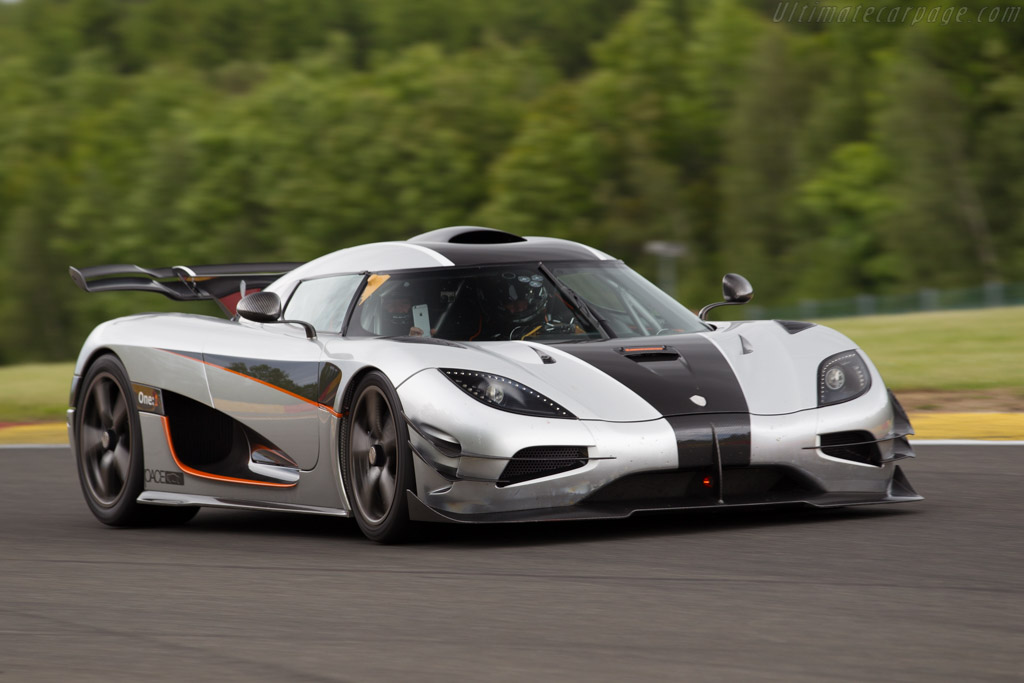 2014 2015 Koenigsegg One1 Images Specifications And