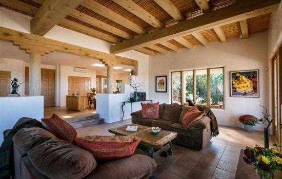 Rustic sunken living room design with exposed wooden beams - NO.1# BEAUTIFUL SUNKEN LIVING ROOM DESIGN IDEAS