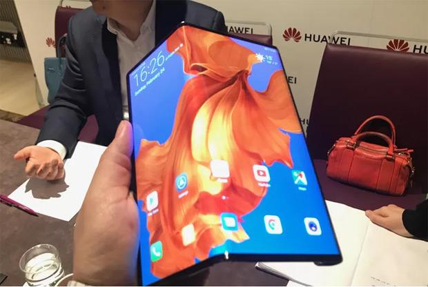 Mate X : Huawei lancerait son smartphone à écran pliable en octobre