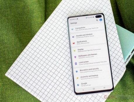 Android 10 beta release for S10 series detailed, but it's getting delayed