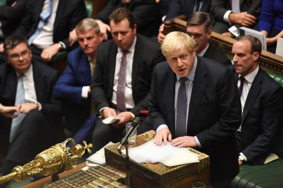 Le Premier ministre britannique, Boris Johnson, le 19 octobre 2019, lors d\'une séance extraordinaire sur l\'accord de Brexit à la Chambre des communes, à Londres (Grande-Bretagne).