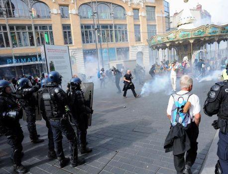 Gilets jaunes : manifestations dans plusieurs villes, échauffourées à Toulouse – Le Parisien