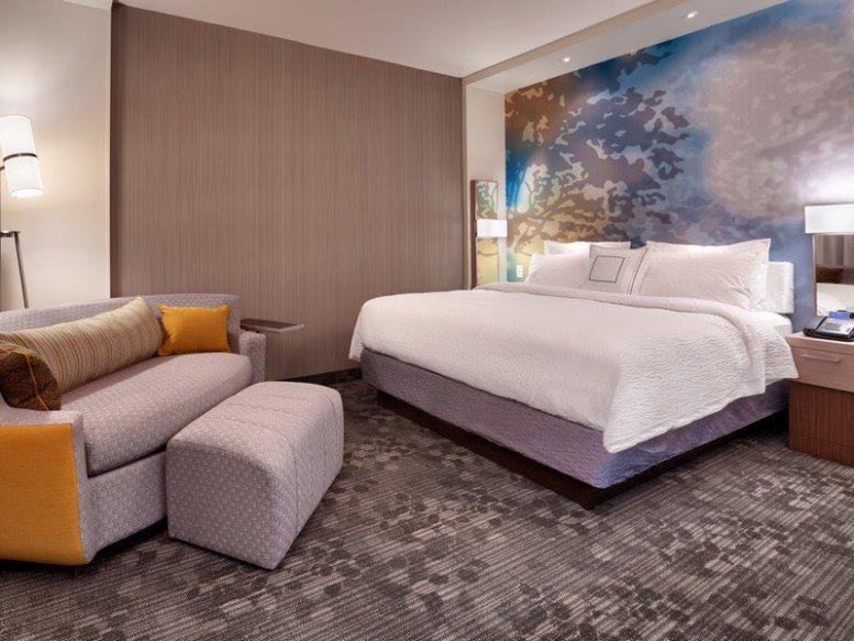 Courtyard by Marriott hotel room