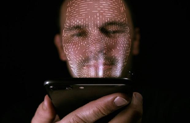 Reconnaissance faciale : les autorités françaises lanceront Alicem dès le mois de novembre