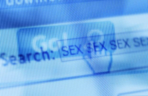 Royaume-Uni : débandade du projet de loi de filtrage des sites pornos