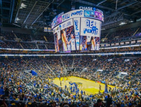 Samsung fits NBA's largest centerhung LED videoboard at Chase Center