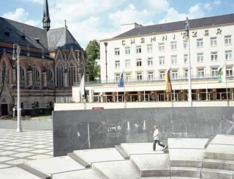 30 ans de la chute du mur de Berlin : l'héritage de la réunification continue de fragmenter l'identité allemande – Le Monde