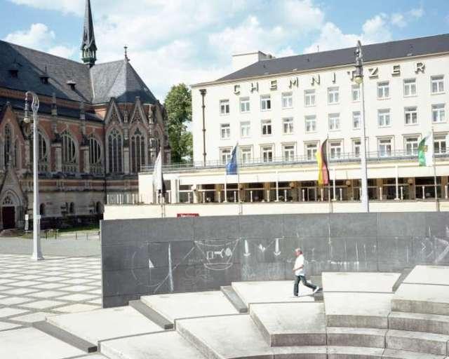 Chemnitz, rebaptisée Karl-Marx-Stadt jusqu'à la fin de la RDA, fut le théâtre de manifestations hostiles aux migrants en 2018.