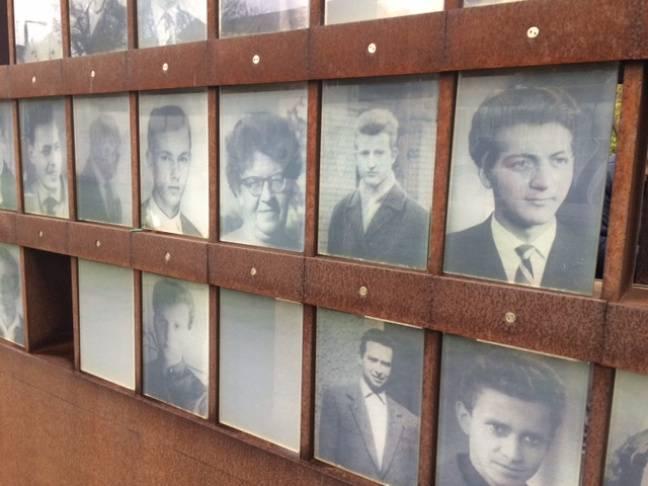 Les visages des victimes du mur.