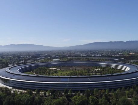 Apple Announces Expanded Employee Benefits for New Parents