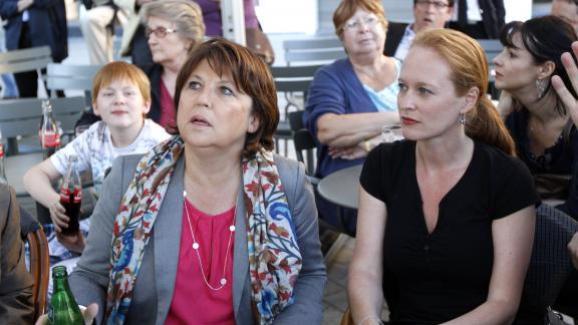 Martine Aubry, alors candidate aux primaires du PS, et Violette Spillebout, sa directrice de cabinet, le 1er juillet 2011 à Lille (Nord).