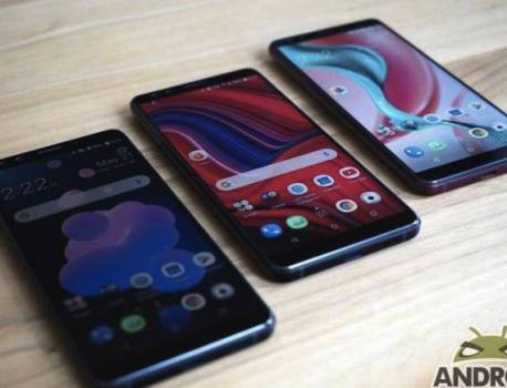 HTC exec asks what classic phone would be good to resurrect