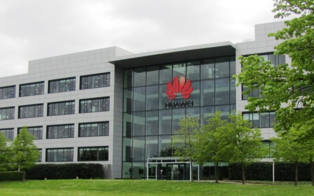 Huawei to give its staff $286 million in bonuses for persevering through the US trade ban