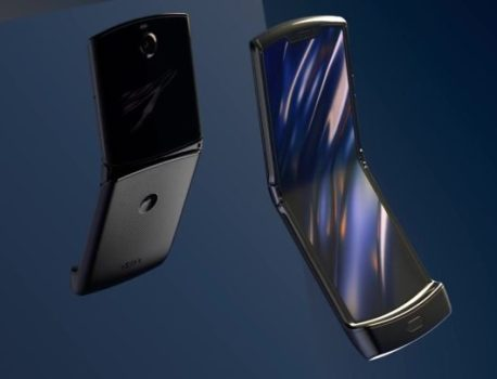 [Poll] Would you prefer to buy the new Moto Razr over the Galaxy Fold?