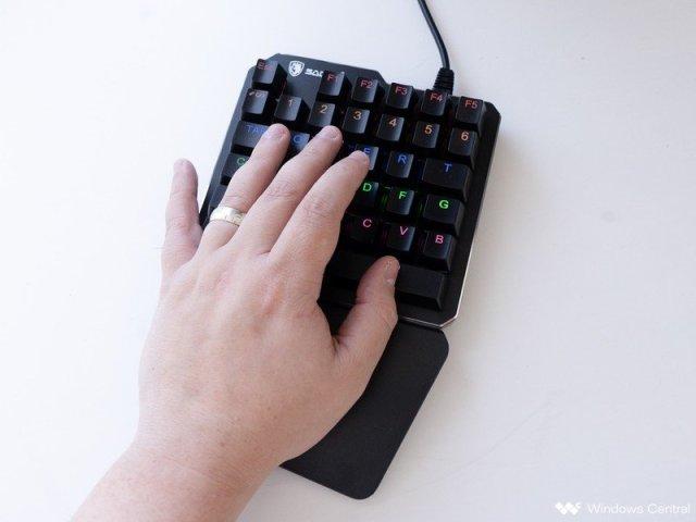 SADES one-handed keyboard