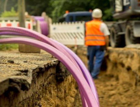 Royaume-Uni : le Labour promet la fibre gratuite pour tous (et ça ne fait pas plaisir à tout le monde)