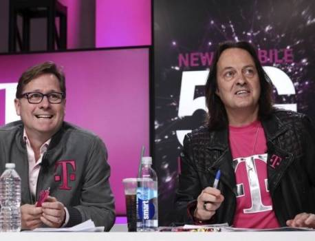T-Mobile CEO John Legere set to leave next year, new chief named