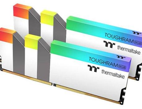 TOUCHRAM RGB DDR4, Thermaltake annonce des éditions blanches à 3200 et 3600 MHz