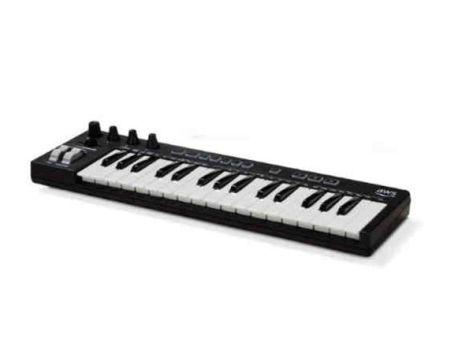 DeepComposer, le clavier piano d'AWS gavé d'IA pour les développeurs (les compositeurs en rigolent encore)