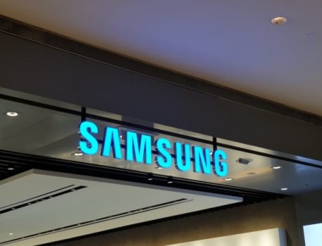 Samsung might lose one of its biggest clients, Huawei, in the next 5 years