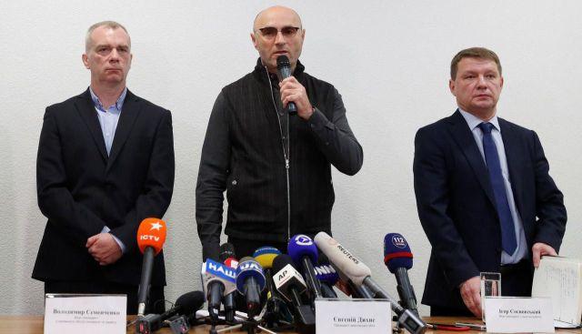 Ievguen Dykhne, le président de la compagnie privée Ukraine International Airlines, lors d'une conférence de presse ce mercredi matin. REUTERS/Valentyn Ogirenko