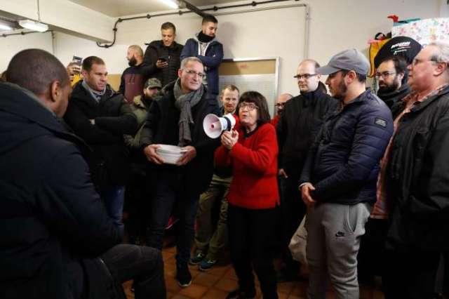 Assemblée générale des travailleurs de la ligne 7 du métro parisien, lundi 6 janvier.