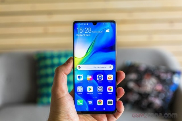 The US is apparently making moves towards blocking more sales to Huawei