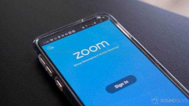Zoom smartphone app on a Samsung Galaxy S10e.