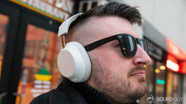 Chris wearing the Plantronics Backbeat Go 810.