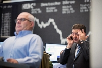 Le marché parisien boucle la pire séance de son histoire
