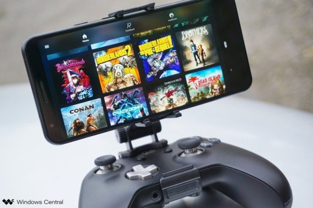 PowerA MOGA Mobile Gaming Clip for Xbox