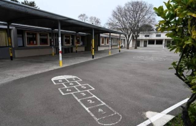 Une école fermée à côté de Montpellier, fermée le 12 mars à cause du COVID-19.