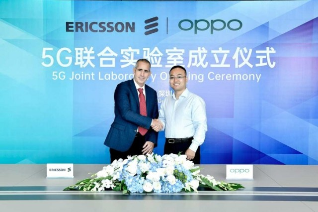 Luca Orsini, Head of Networks and VP, MNEA, Ericsson and Andy Wu, VP of Oppo and President of Software Engineering
