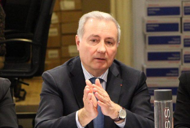 Jean-Luc Moudenc, le maire sortant de Toulouse, met en garde les électeurs face au risque, à ses yeux, de confier les clés du Capitole « à l'extrême-gauche »