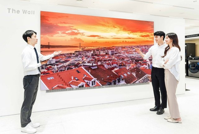 Samsung The Wall TV South Korea Experience Zone