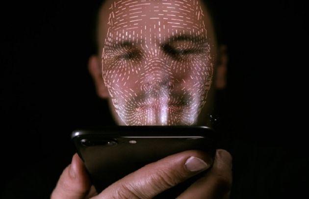 Reconnaissance faciale: la start-up ClearviewAI dans le viseur des autorités